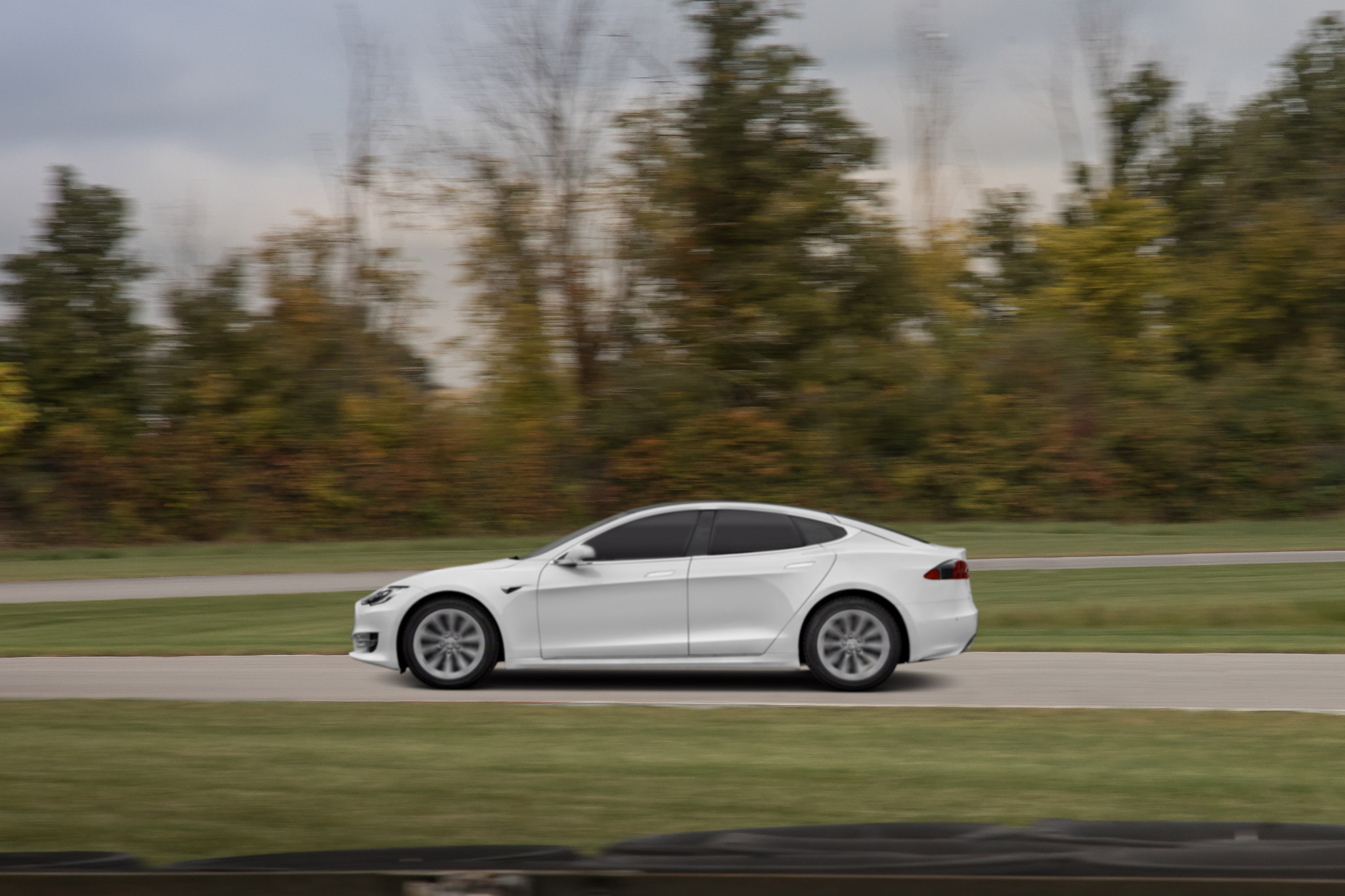 The Week in Tesla News: Model S Rocks the 'Ring, Model 3 Aces Crash Tests, Dog Mode Defended