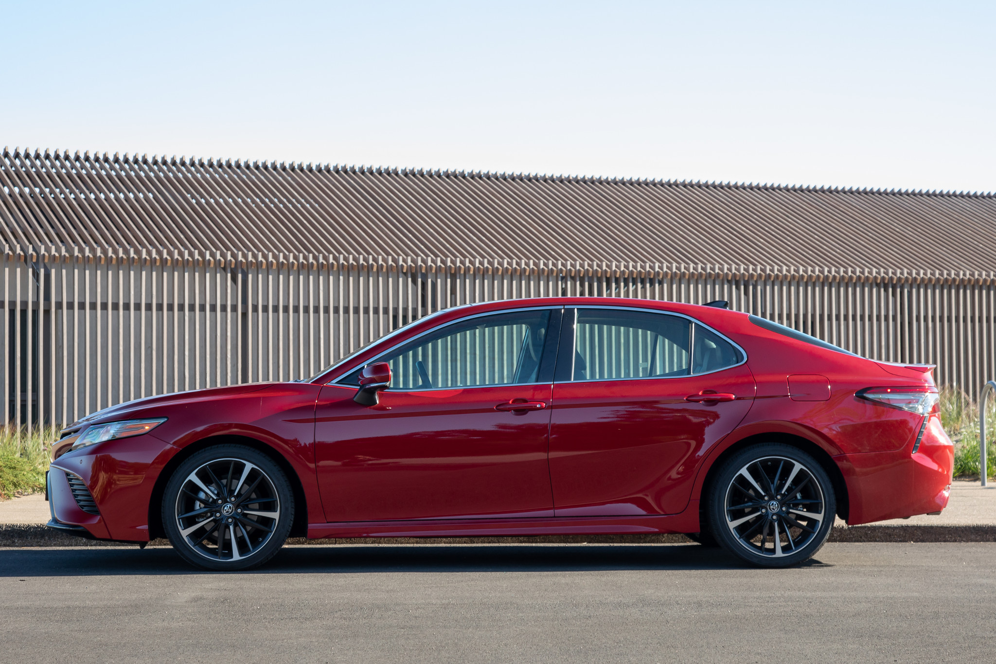 2019 Toyota Camry Review: Short of Great, But Still Good ...