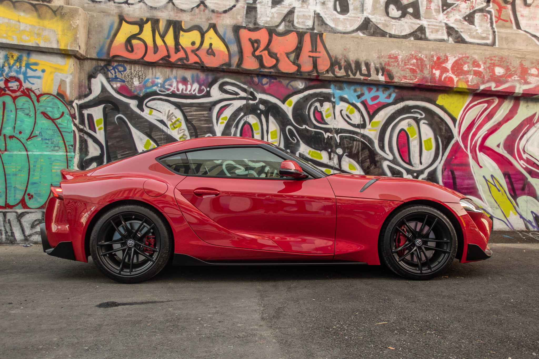 Top 5 Reviews and Videos of the Week: Supra Swoops In, Armada Invades