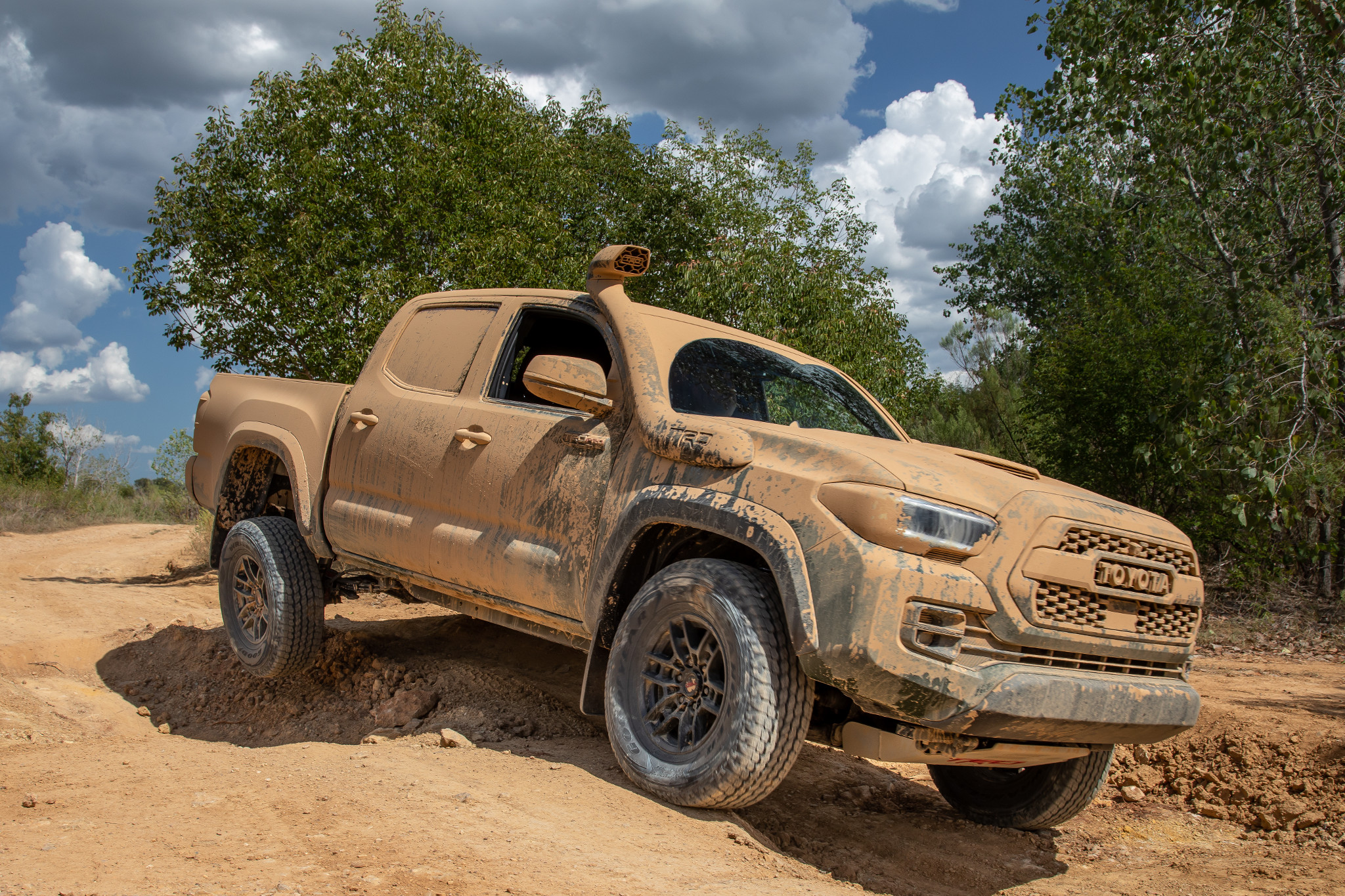 All the Pickup Truck News: 2020 Toyota Tacoma Is Tops in Crash Tests, Ford Super Duties at SEMA and More