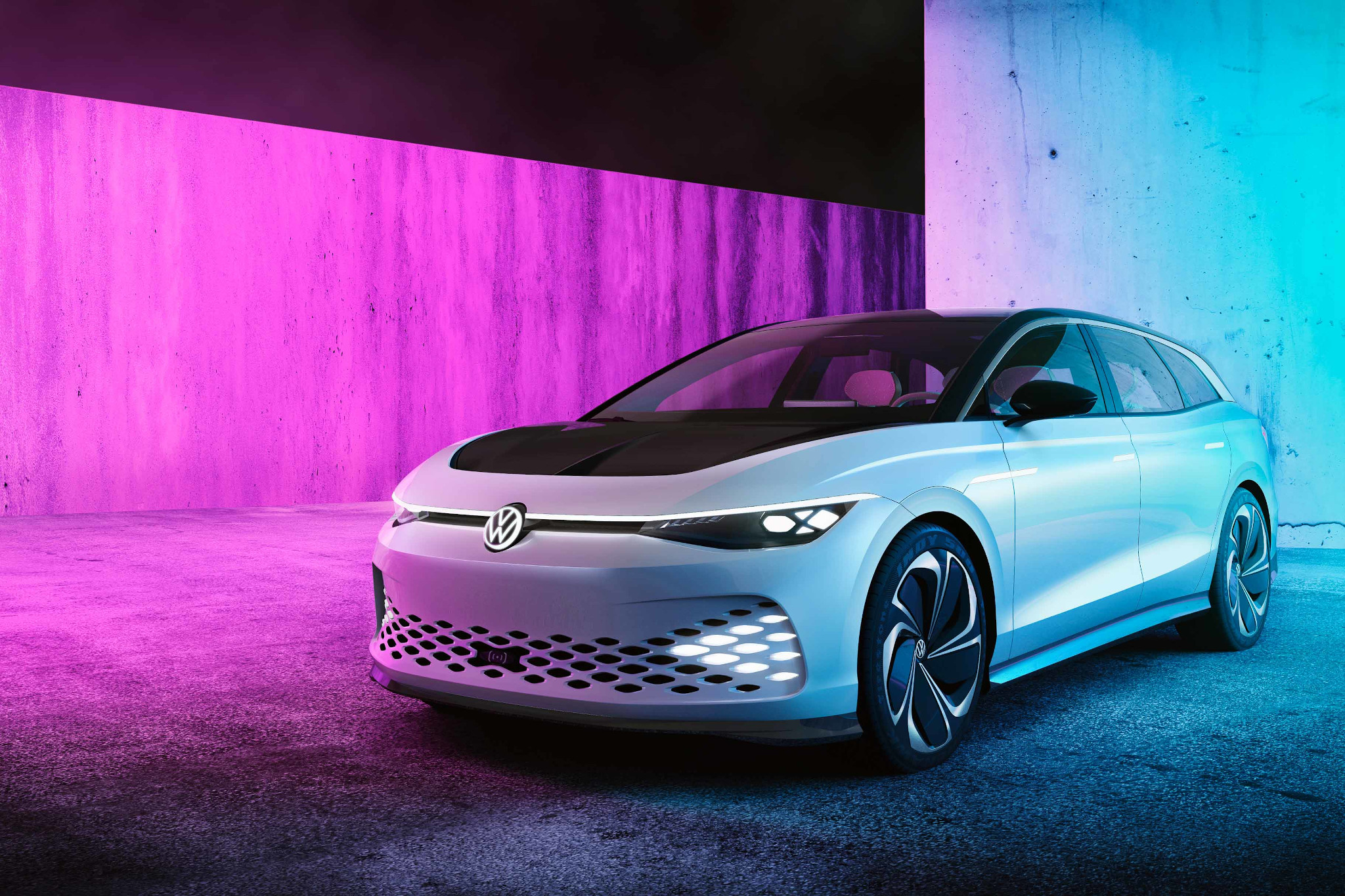 8 Gee-Whiz Things About the Volkswagen ID. Space Vizzion Concept